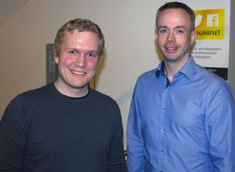 Hallvard Nygård og Roy Solberg under OWASP Norge-meetup i 2018.