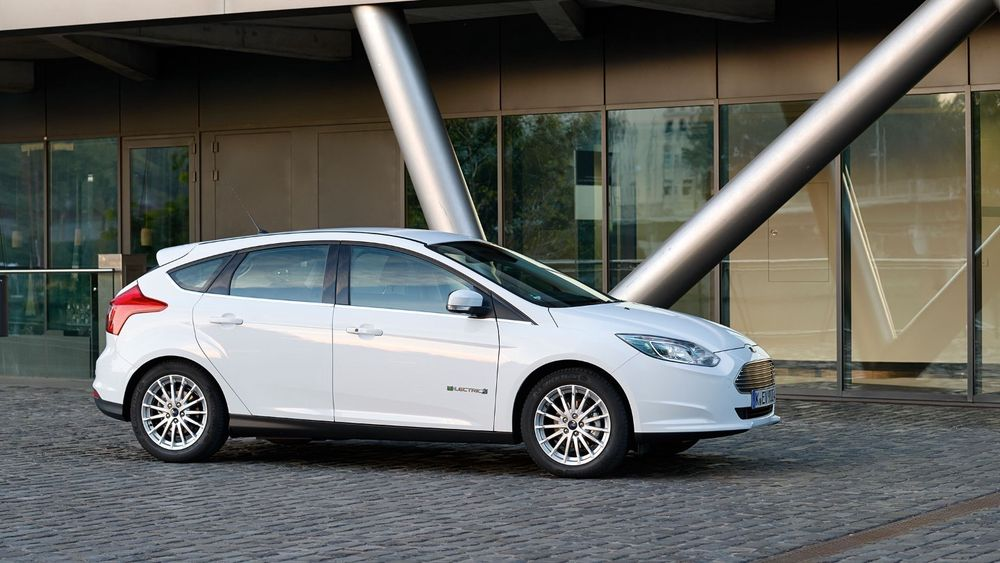 Ford Focus Electric fases ut.