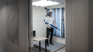 «På det som tidligere var et tannlegekontor er lukta av munnskyllevann erstattet av stanken av krig»