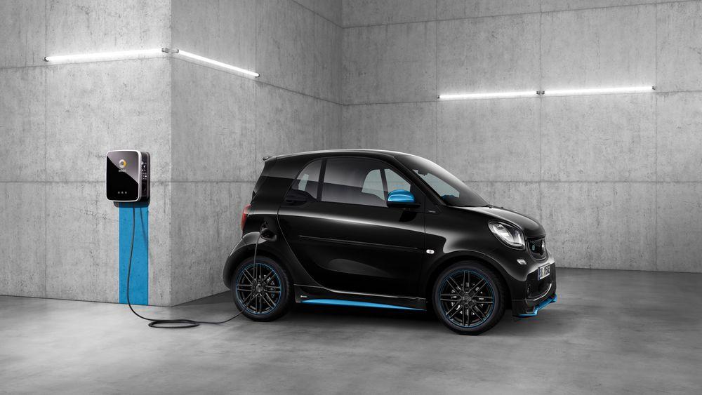 Elbiler i Daimlers bilmerke Smart er de første som støtter Hubjects Plug & Charge-tjeneste.