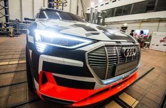 Audi E-tron skal kunne lades med 150 kilowatt.