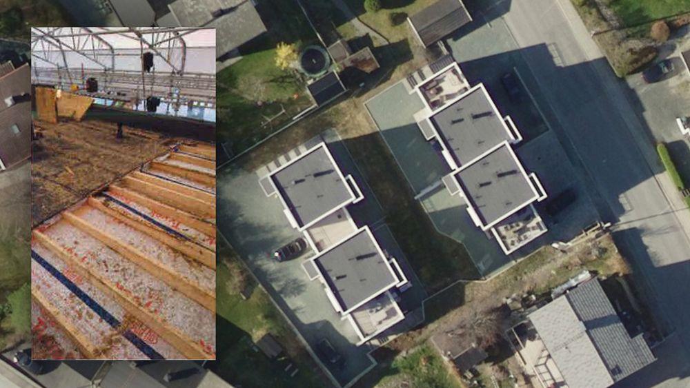 Takene på tomannsboligene var bygget med flate, isolerte tak uten lufting og måtte rives.