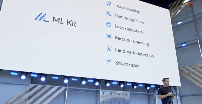 ML Kit-presentasjonen under Google  I/O 2018.