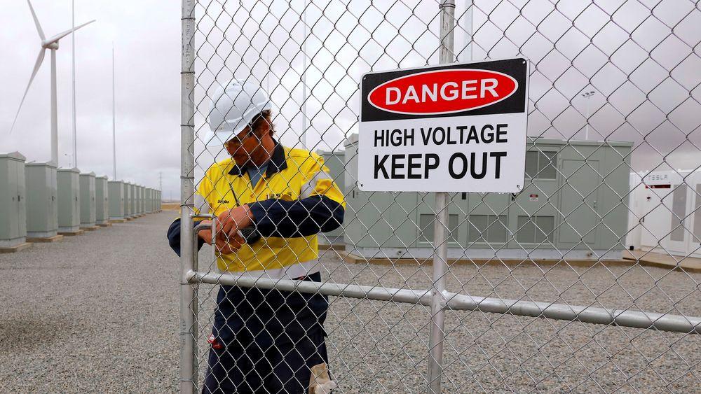 The Hornsdale Power Reserve i Australia er så langt verdens største litium-ionbatteri.