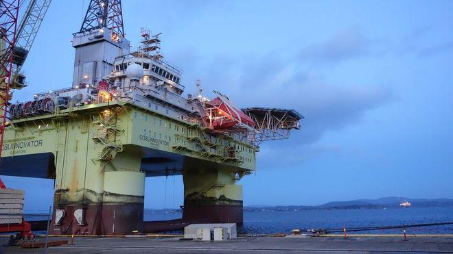 17 vinduer knust av brottsjø: Statoil hadde ikke rett til å heve kontrakten - må betale milliardregning