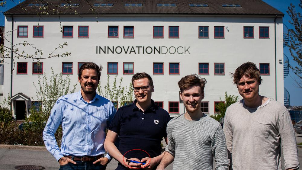 Daglig leder i Bikefinder Ole Martin Ølmheim(t.v.) med produktsjef Viggo Henriksen, utvikler Jan Erik Sola Foss og ansvarlig for markedsføring Snorre Dishington.