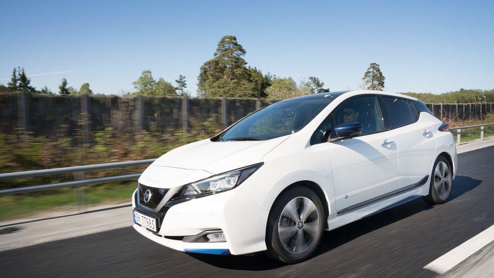 Nissan Leaf har en ganske forsiktig ladeprofil, der effekten reduseres ganske betraktelig for å ta vare på batteriet i størst mulig grad.