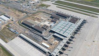 Den nye flyplassen i Berlin åpner endelig i 2020