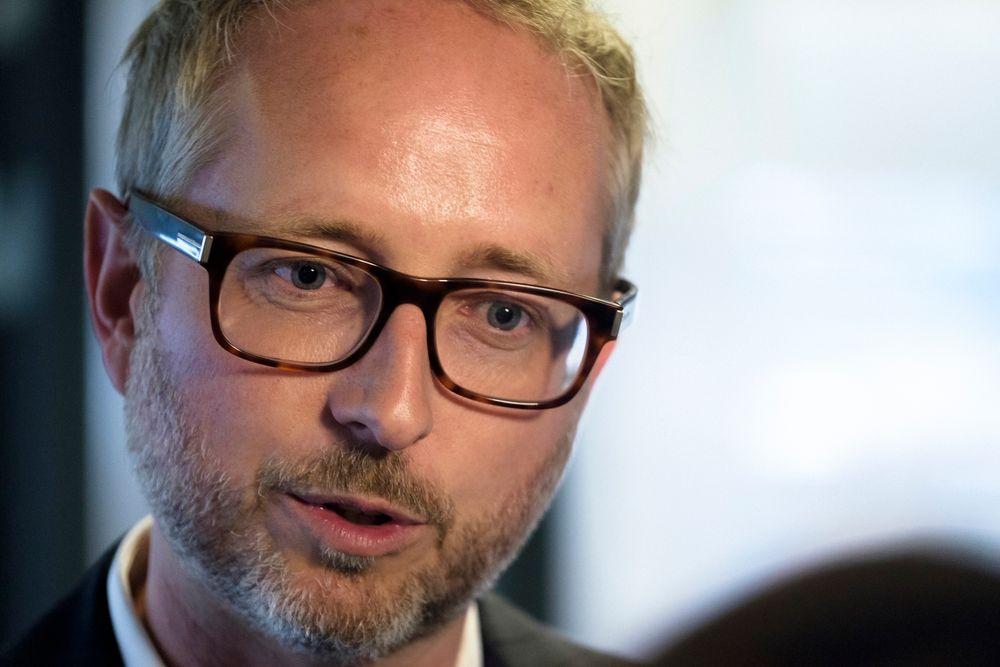 WWF-leder Bård Vegar Solhjell ber Norge se mot EU i bekjempelsen av plastavfall.