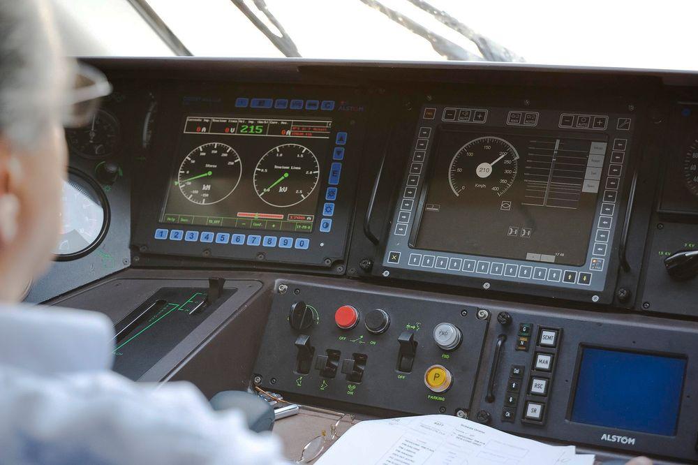 Om noen år vil norske togførere få en helt nye hverdag med digitale instrumenter i togene som hele tiden er koblet til kontrollsentralen.