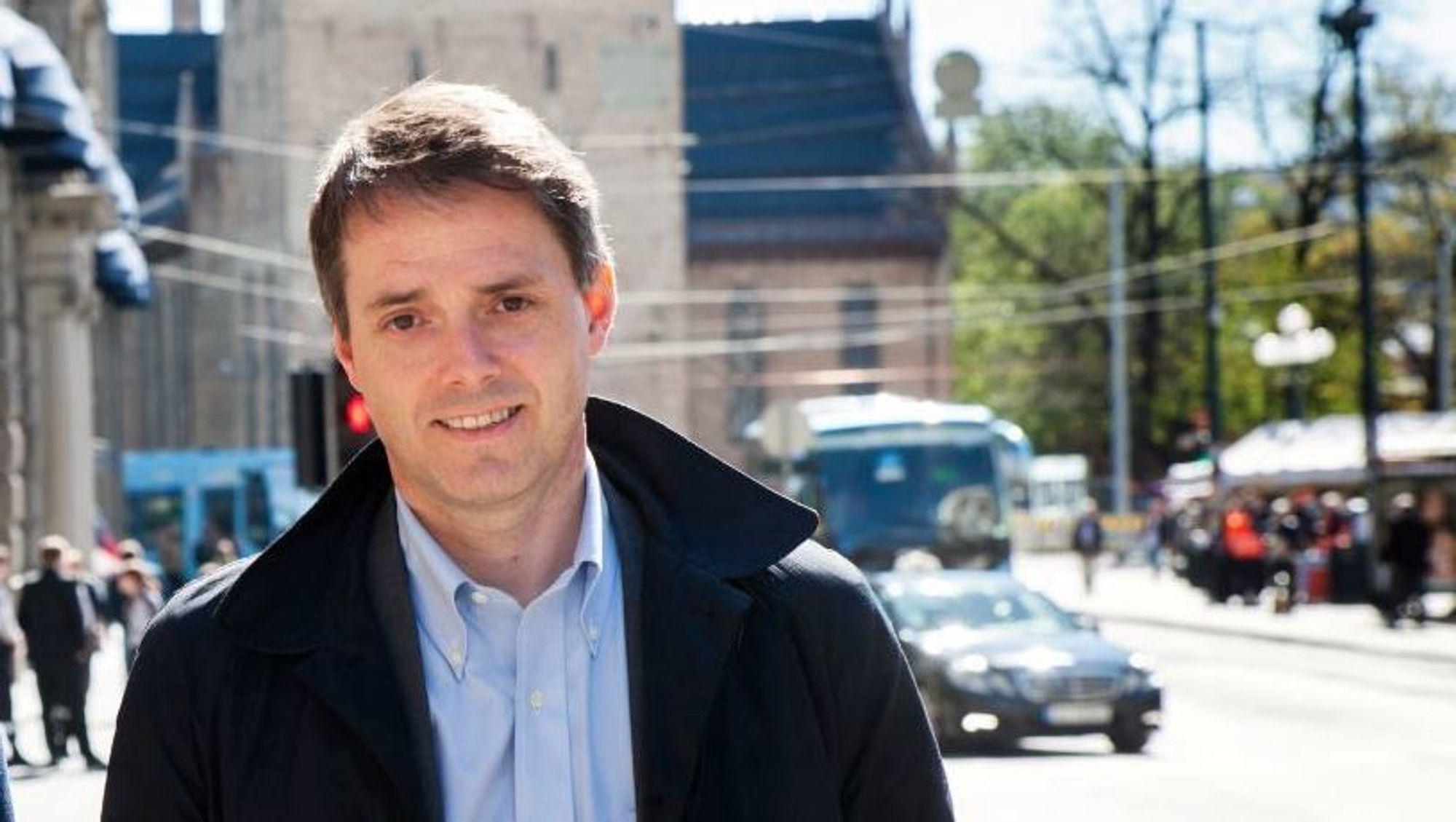 Ivar Horneland Kristensen går fra Tekna til jobben som administrerende direktør i Virke.