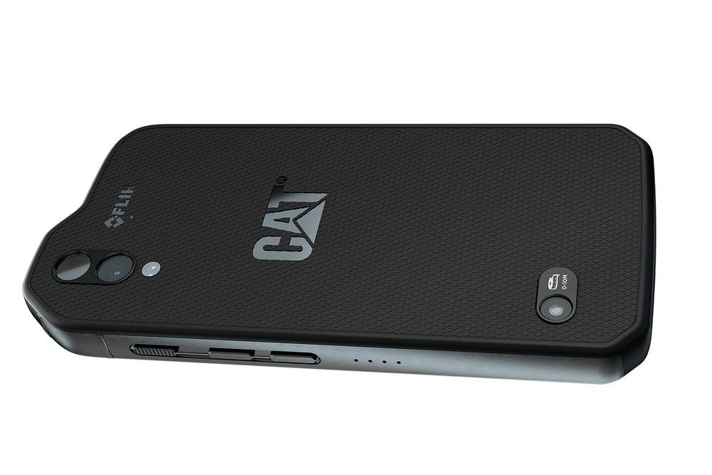 Ikke helt som andre telefoner: Cat S61, er bygget for røff behandlig. I tillegg har den termokamera. Laser avstandsmåler og luftkvalitetsmåler.