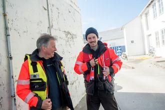 Far og sønn Milan og Oscar Markovíc startet med å bygge avanserte undervannskameraer. Nå har de laget det som kanskje er verdens sterkeste undervannslys.