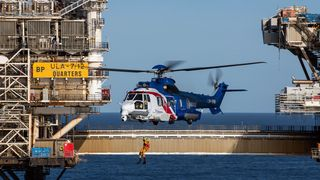 Ingen vil fly dem i Norge - nå skal de omstridte helikoptrene redde liv på Island i stedet