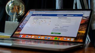 Krever at bedrifter med Facebook-side må inngå skriftlig avtale