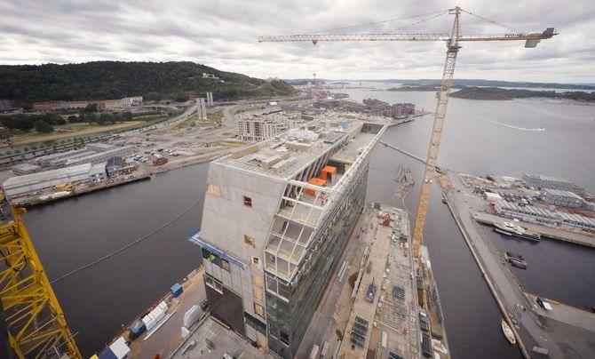 Det nye Munchmuseet i Bjørvika i kranførerperspektiv.