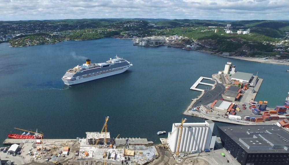 Cruiseskipskaia i Kristiansand kan fra august 2018 levere 16MVA høyspentstrøm med 60 Hz frekvens.