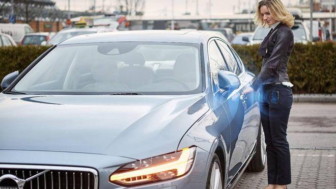 Nær 70 prosent av bilbransjen vil fase ut den klassiske bilnøkkelen