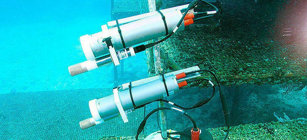 Kongsberg Maritime er verdensledende på subsea sensorer. Nå skal de videreutvikle sensorer som kan skille ut mikroplast fra andre partikler i vannet og analysere dem i en såkalt Ferrybox.