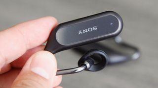 Sonys nye ørepropper lar deg høre lyd fra omgivelsene samtidig som du lytter til musikk