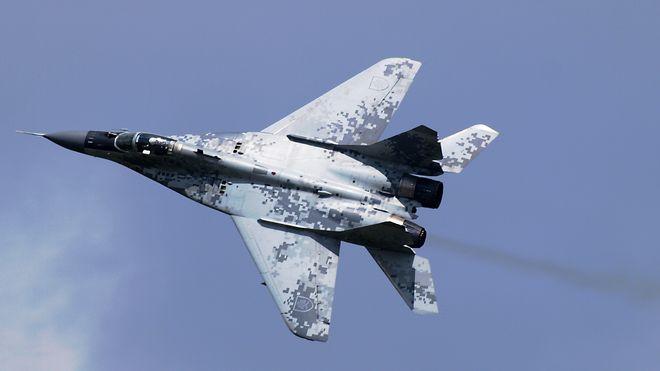 Det haster å kvitte seg med russiske fly: Kjøper nye F-16 i stedet for Gripen