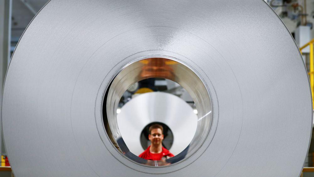 Fra Hydro Aluminums produksjon i Grevenbroich, Tyskland. Det er i skrivende stund ventet at aluminium blir behandlet på samme måte som stål med tanke på toll.