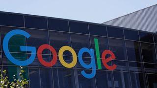 Google varsler betaling for forhåndsinstallerte apper etter milliardbot