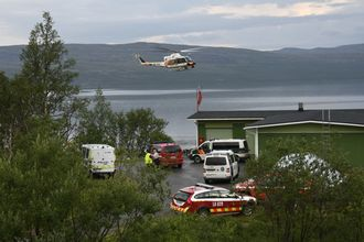 En nordmann omkom, og en ble lettere skadd da et gyrokopter styrtet ved Kilpisjärvi i Finland lørdag ettermiddag.