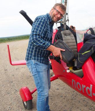 Dette var det siste bildet som ble tatt av distriktsredaktør Morten Ruud i NRK Finnmark. Lørdag døde han etter en ulykke med grykopteret. Passasjeren ble lettere skadd, opplyser HRS.