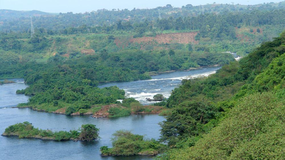 Kraftverket Bujagali ligger ved byen Jinja, der Nilen renner ut fra Victoriasjøen sentralt i landet. Bildet viser området rundt Bujagali Falls.