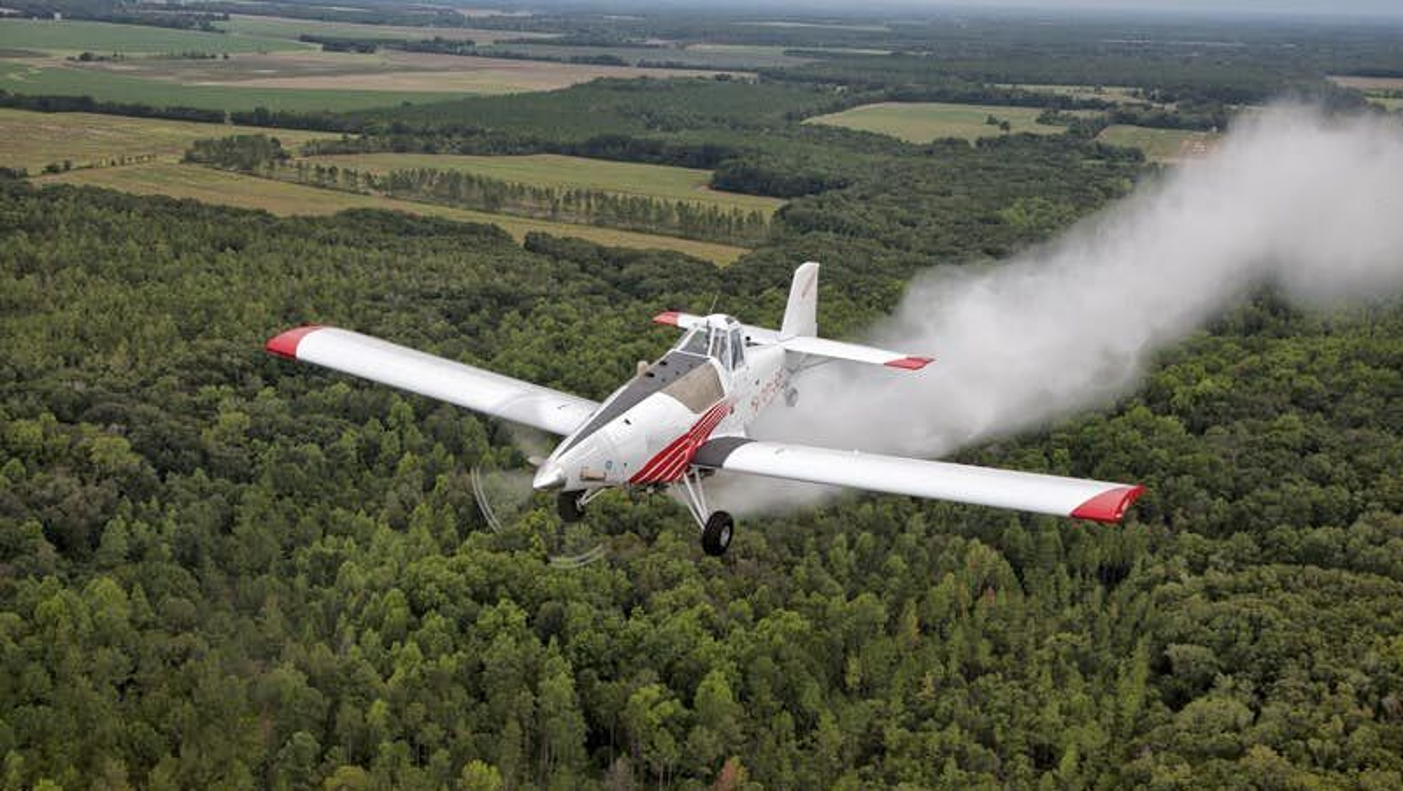 Det ubemannede brannslokkingsflyet skal kunne levere 3000 liter væske over en brann.