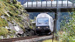 Flåmsbanen er et stykke norsk ingeniørkunst: Nå kan den få nye spesialdesignede vogner