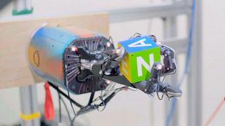 Denne roboten skal lære å rydde huset