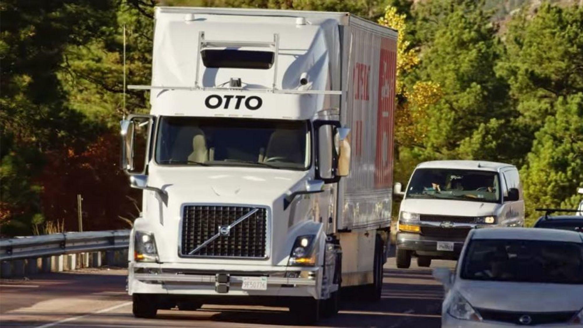 Uber legger ned programmet for selvkjørende lastebiler. Her er en av de selvkjørende lastebilene til det Uber-eide selskapet Otto.