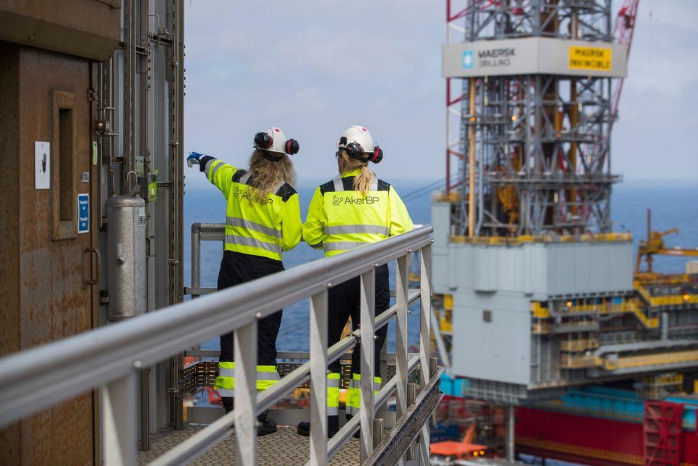 Arbeidsledigheten i Rogaland har falt 26 prosent det siste året. Nå er det mangel på oljearbeidere i landet.