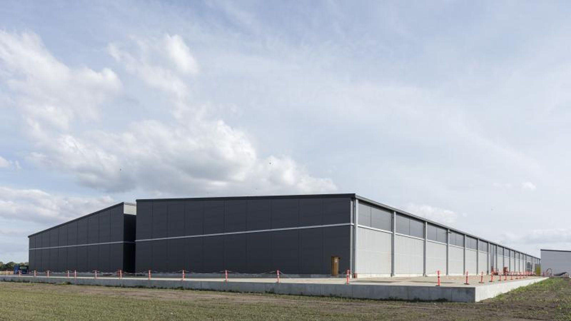 79815ba2e I denne byen bygger Apple sitt eneste datasenter i Europa. Vi ble ...