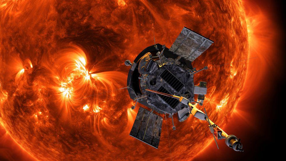 Romsonden Parker skal etter planen bevege seg nærmere sola enn noe annet romfartøy. Dette bildet er ment som en illustrasjon av forholdene i solas ytre atmosfære.
