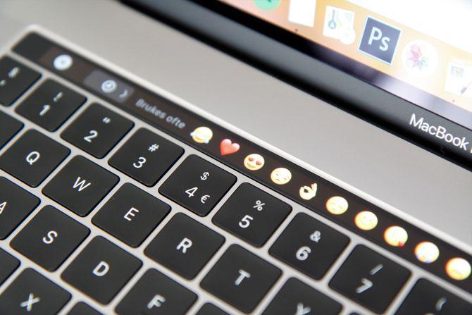 Touch Bar-området endrer seg avhengig av hvilket program du bruker.