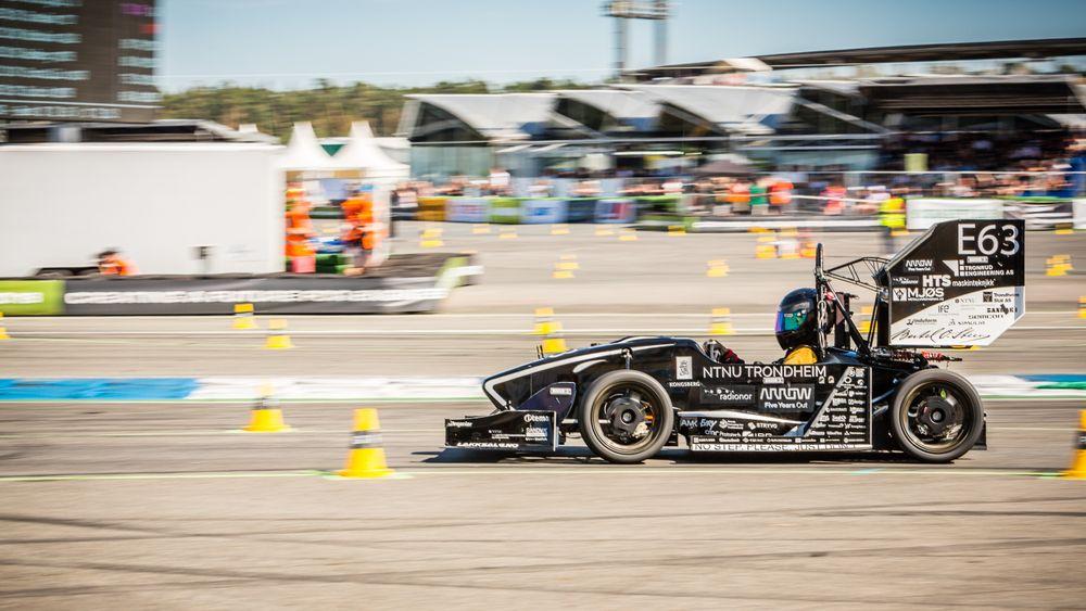 Studentlaget fra Trondheim havnet på 2. plass i klassen for elektriske biler i den prestisjefylte ingeniørkonkurransen for studenter,Formula Student Germany.