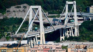 Morandi-bruen kollapset og krevde 43 liv. Her er historien bak byggverket