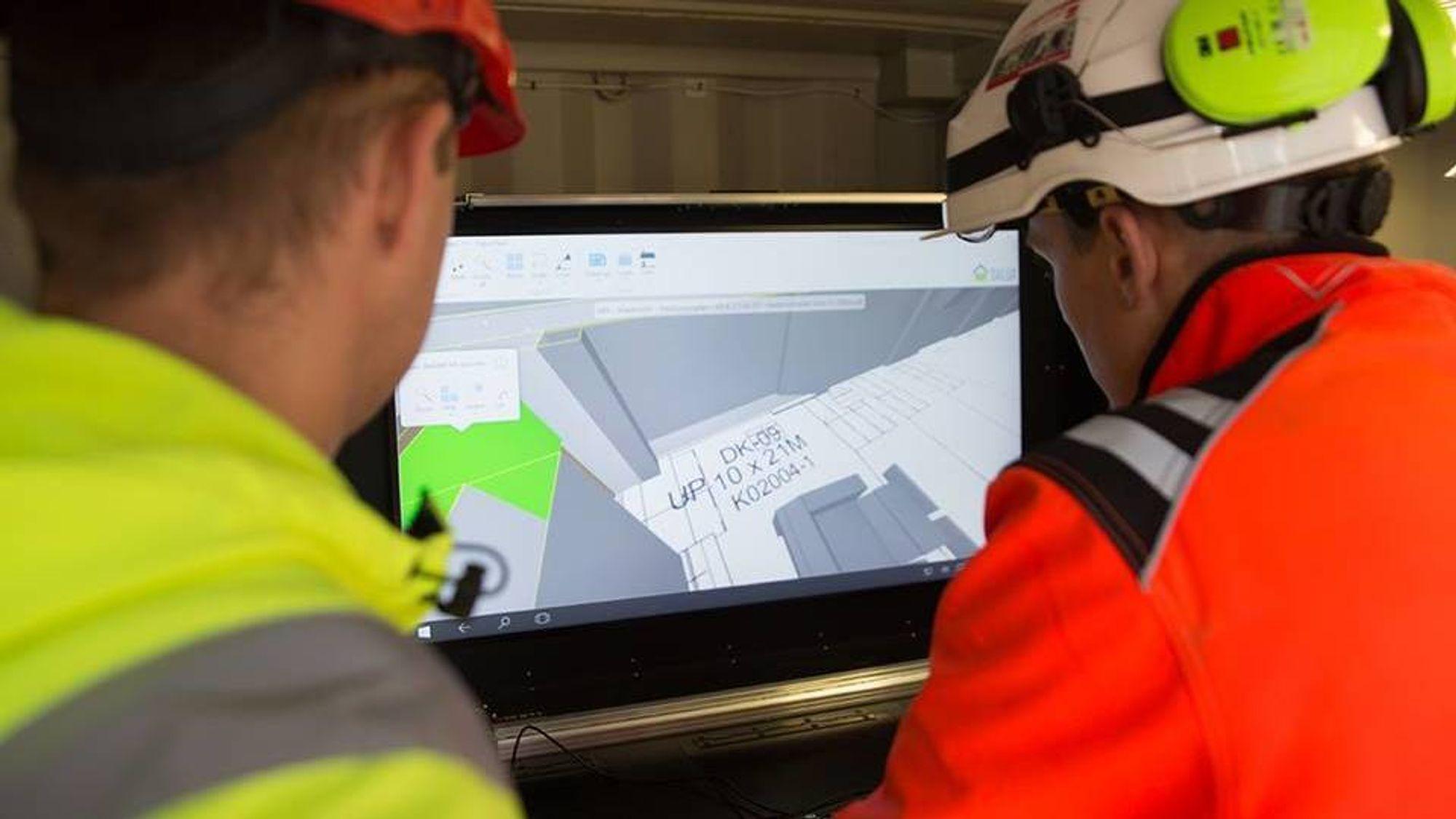 Det siste påbygget på Høgskolen i Østfold, som sto ferdig i vår, var en av verdens første papirløse byggeprosjekter.