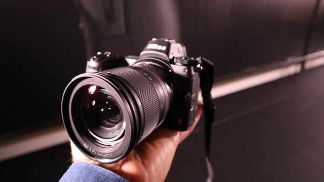Nikon lanserer ny serie fullformat uten speil - og vraker objektivfestet de har hatt siden 1959