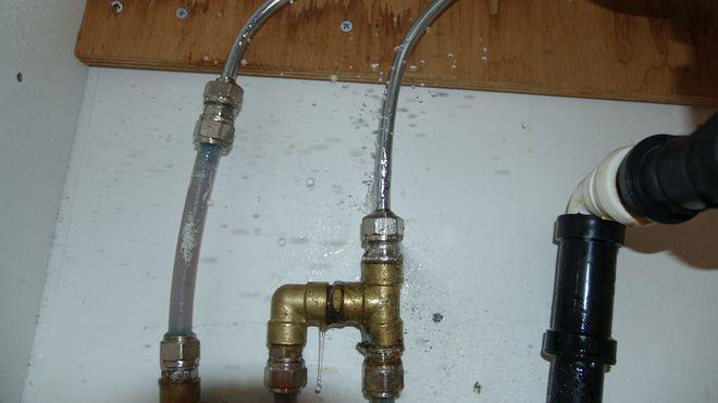 Sintef Byggforsk om vannlekkasjer og våtromsnorm for kjøkken