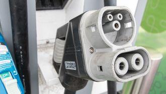 En vanlig CCS-kontakt fra en 50 kilowatt hurtiglader.
