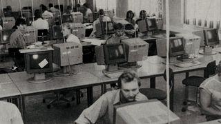 Terminalstue hos Institutt for informatikk ved Universitetet i Oslo. Bildet er fra 1985.