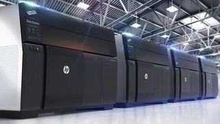 Disse nye 3D-printerne gjør det mulig å masseprodusere metalldeler billig