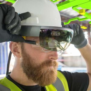 Mixed realisty med Microsofts Hololens-briller.