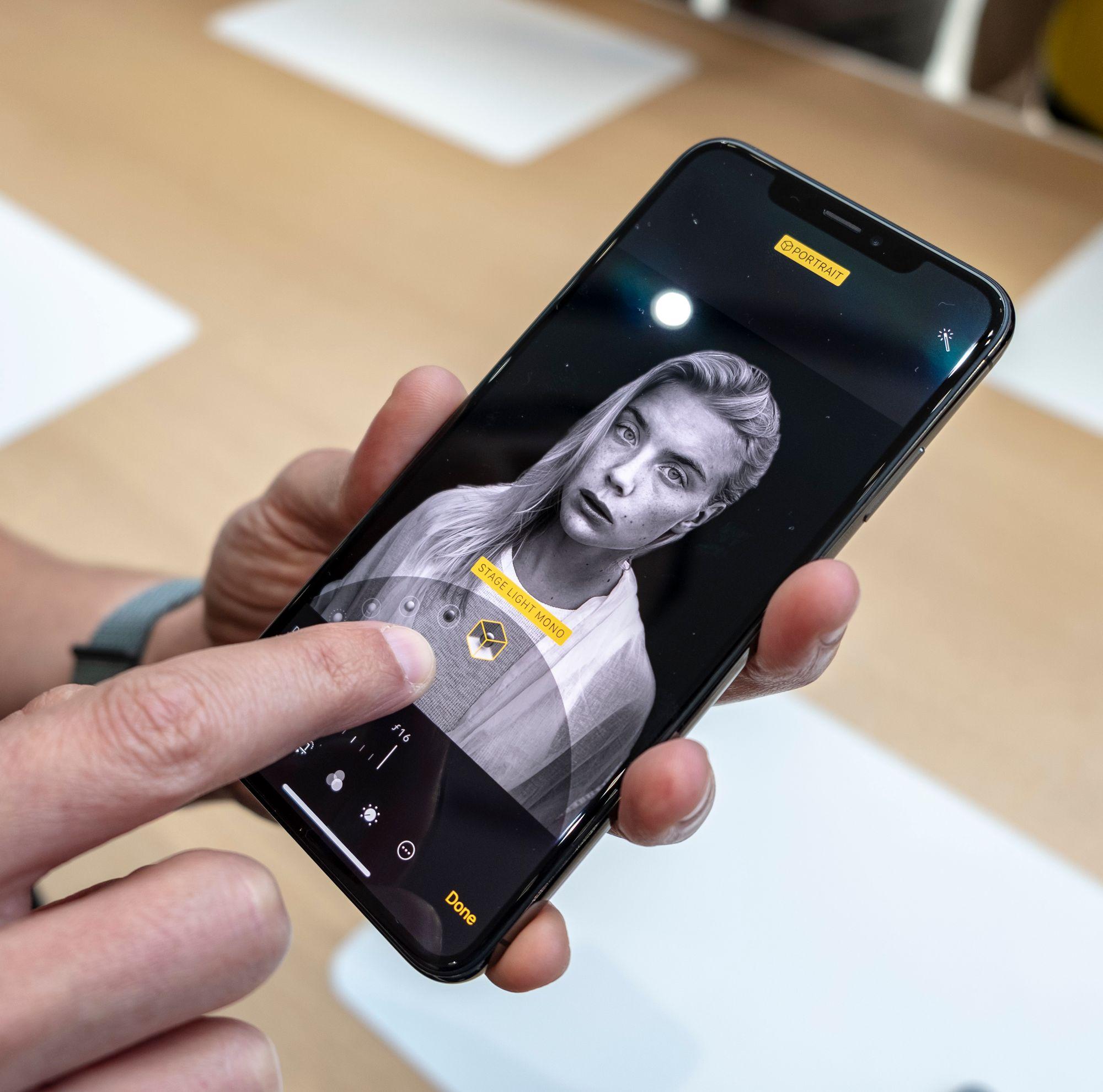 280c9fba SNIKTITT: Apple iPhone Xs og Xs Max Vi har prøvd den ultimate ...