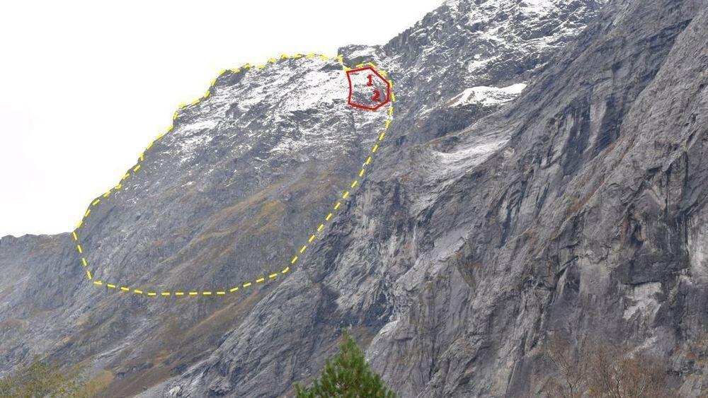 NVE har igjen satt opp farenivået i Veslemannen (rødt område) til rødt.