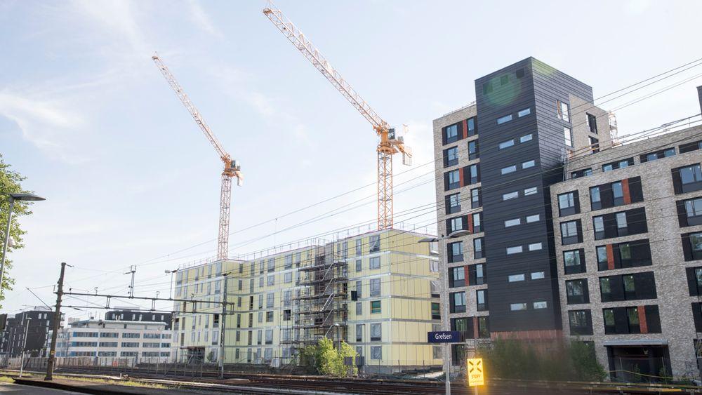 Oppføring av leilighetsbygg faller minst. Her fra Grefsen stasjon.